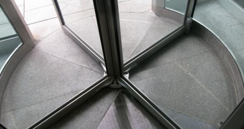 Revolving_door-base