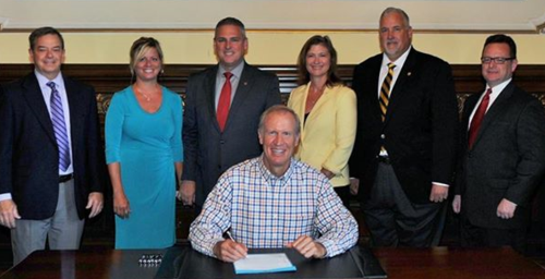 Rep. Keith Wheeler HB 3887 bill signing 8.14.15