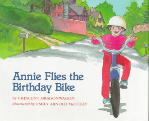 Crescent Dragonwagon: Annie Flies The Birthday Bike