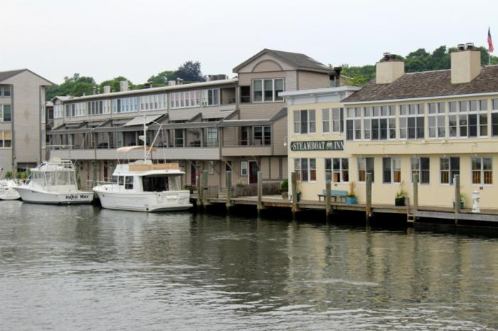 steamboat-inn-dock