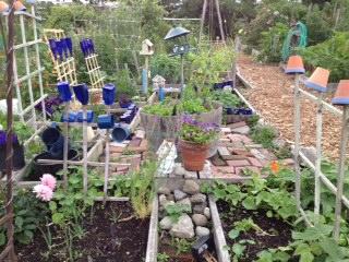 Art in the garden 1
