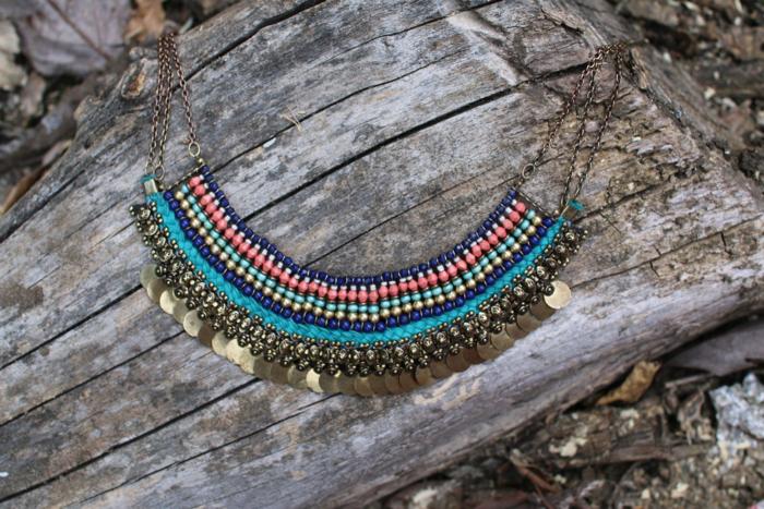bold-necklace-detail-nordstrom-bp