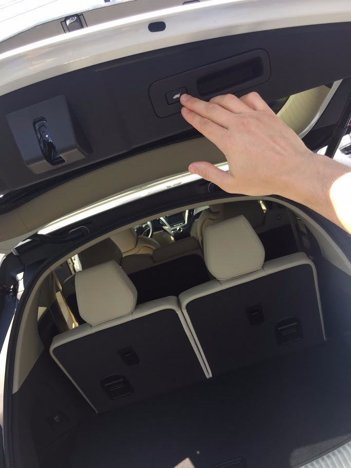 10 Cool Interior Features of the 2017 Acura MDX Tech - Smail Acura Blog